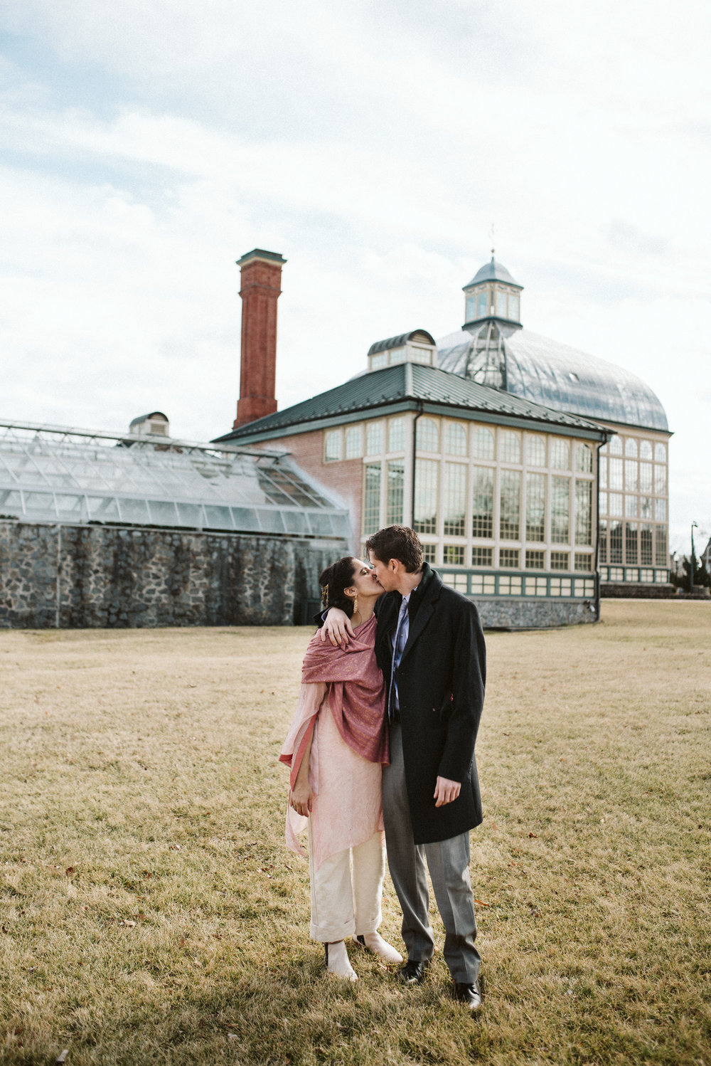 Elopement, Weekday Wedding, Towson, Rawlings Conservatory, Greenhouse, Maryland Wedding Photographer, Indian American, Outdoor, Nature, Romantic, Bride and Groom, Kiss
