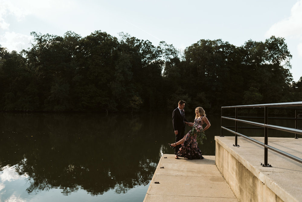 Pop-up Ceremony, Outdoor Wedding, Casual, Simple, Lake Roland, Baltimore, Maryland Wedding Photographer, Laid Back, Bride and Groom by Water