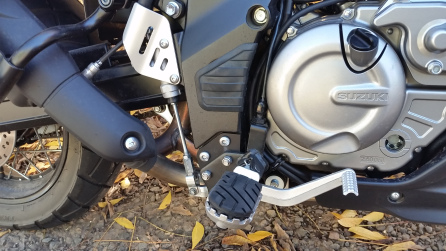 The SW Motech pegs are wide and grip fantastically well