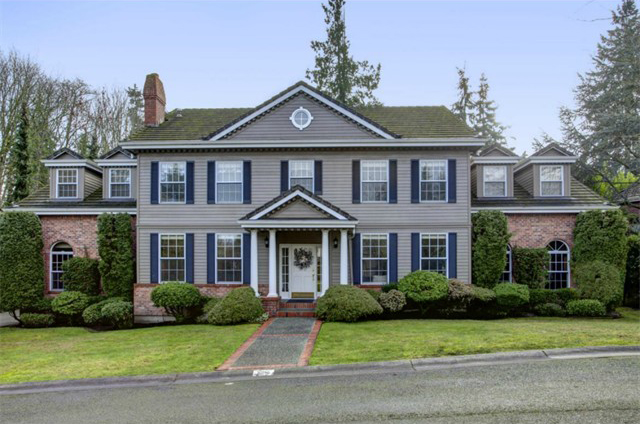 4015 78th Wy SE, Mercer Island | Sold for $1,575,000