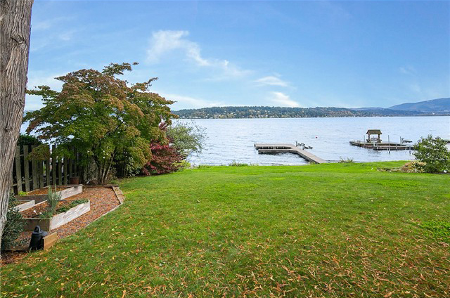 2248 W Lake Sammamish Pkwy SE, Bellevue | Sold for $1,600,000