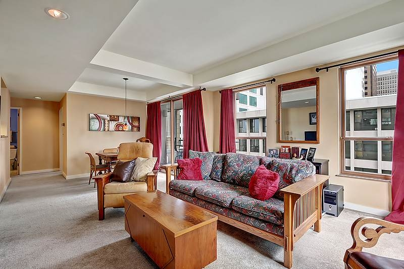 1107 1st Ave #702, Seattle | Sold for $495,000