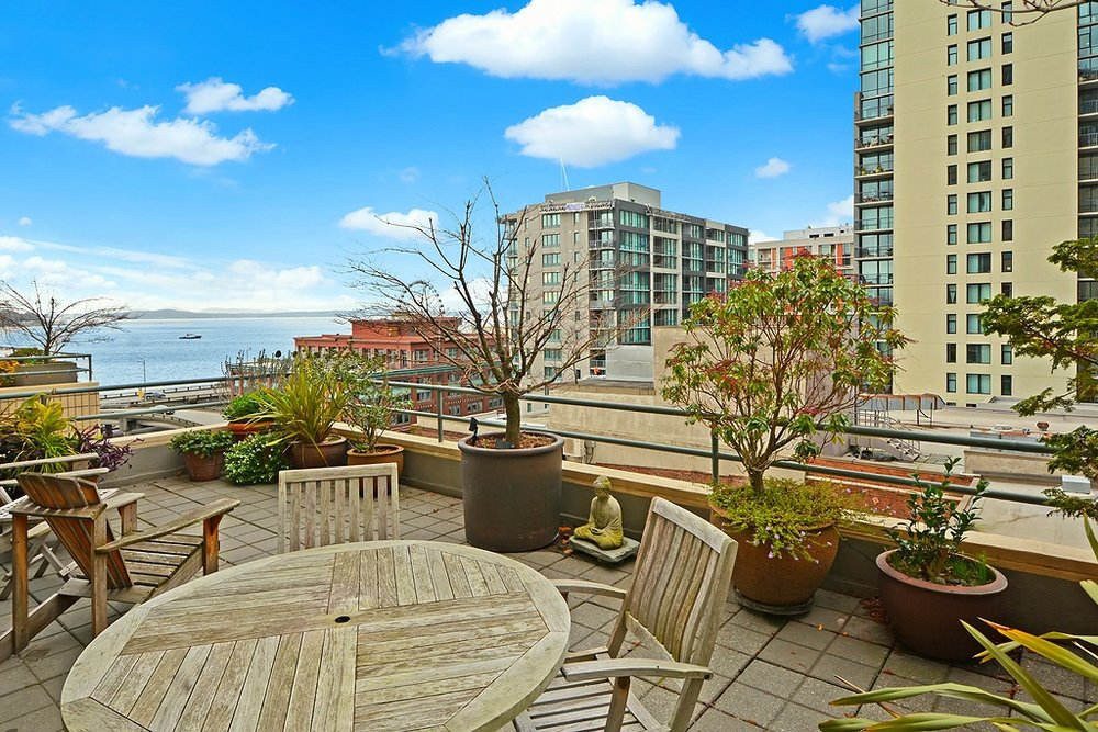 1107 1st Ave #701, Seattle | Sold for $750,000