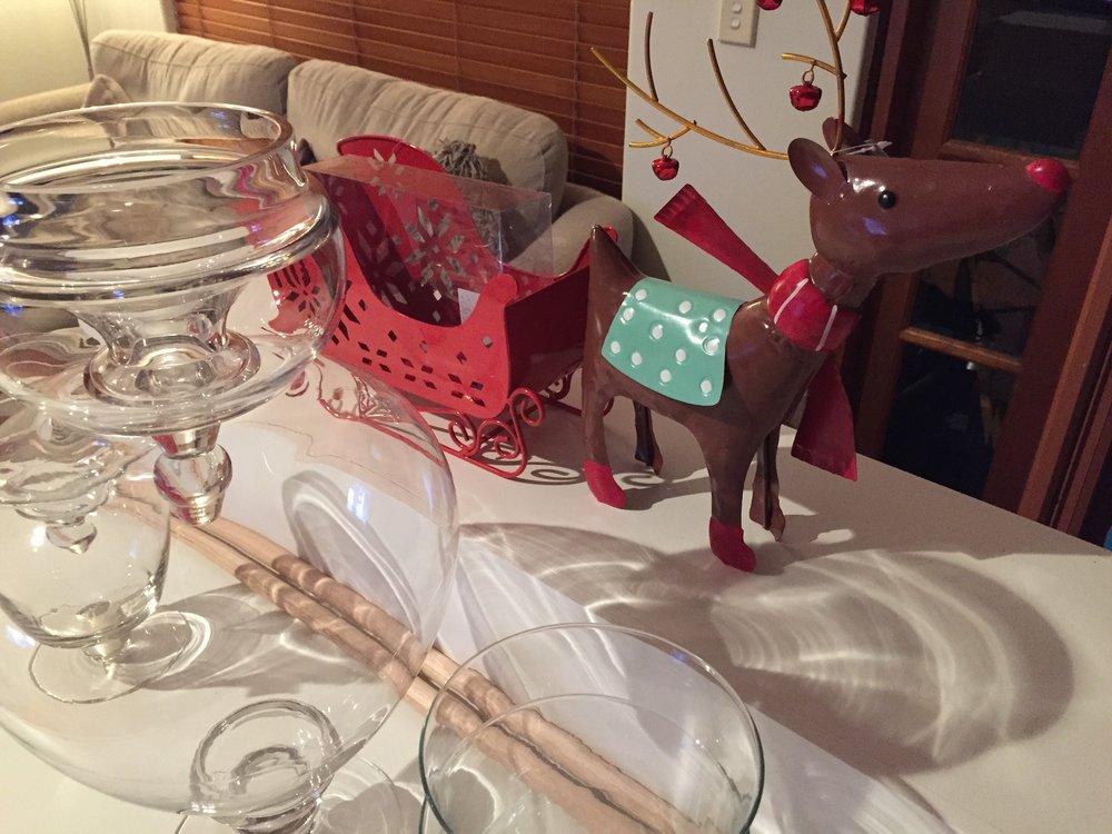 Rudolph_Decoration_Little_Lolly_Cart_Christmas_Candy_Buffet.JPG