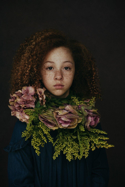 Lisa Holmes.jpg