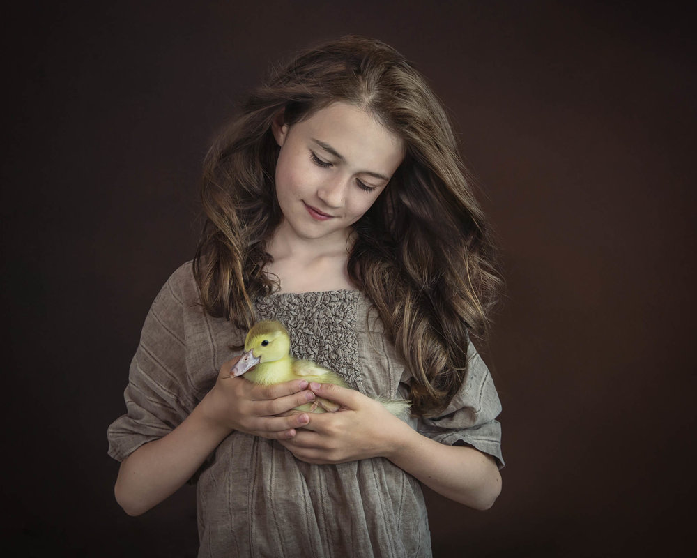 03-alana-lee-girl with duckling_before toning.jpg