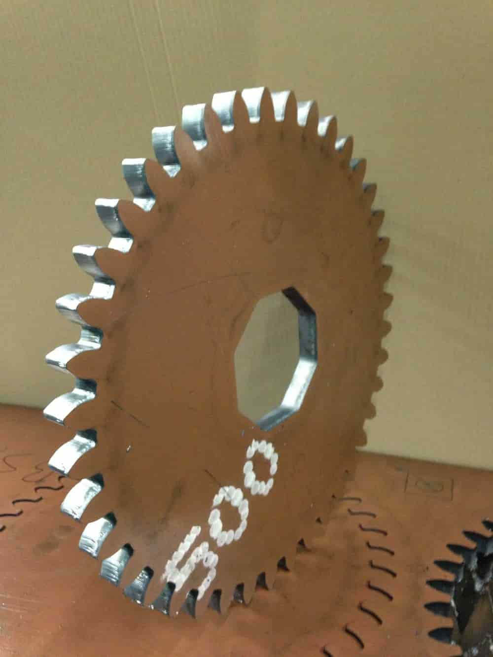 Laserskëring Hardox.jpg
