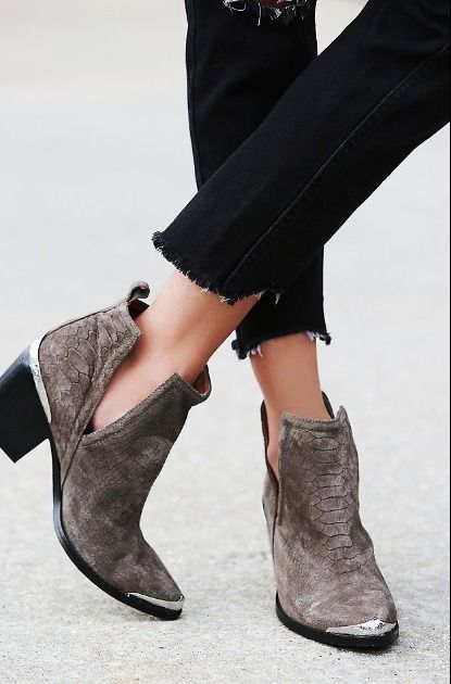 Hunt the Plaints Boots - Free People