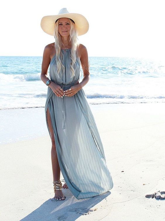 Gipsy Country: l'eleganza in spiaggia? Si può!  Credits:  Free People