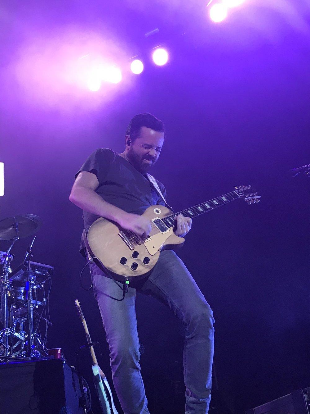 Brad Tursi, chitarrista degli Old Dominion
