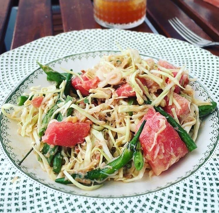 Watermelon and cabbage 'som tam'