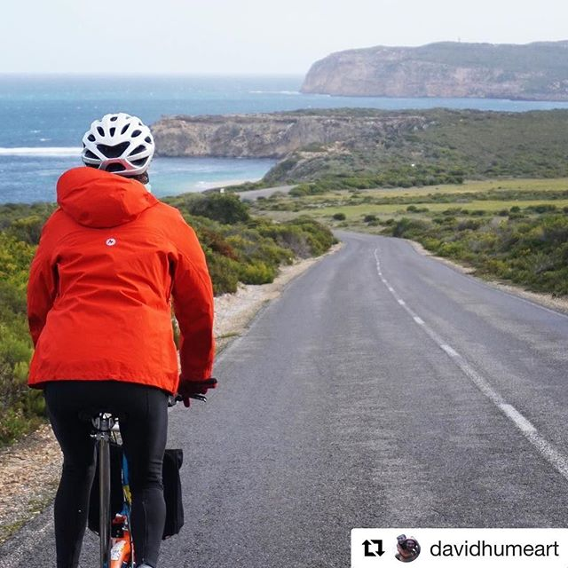 David & Margot took a couple of folding bikes down to Innes National Park on the Yorke Peninsula. A better way to #seesouthaustralia . . #ichoosesa #treadlybikehire #innesnationalpark #yorkepeninsula #bromptonbike