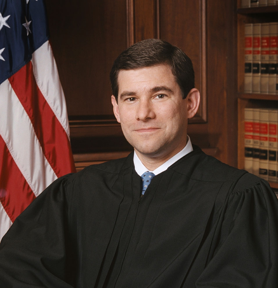 Portrait_of_US_federal_judge_William_H._Pryor,_Jr.jpg