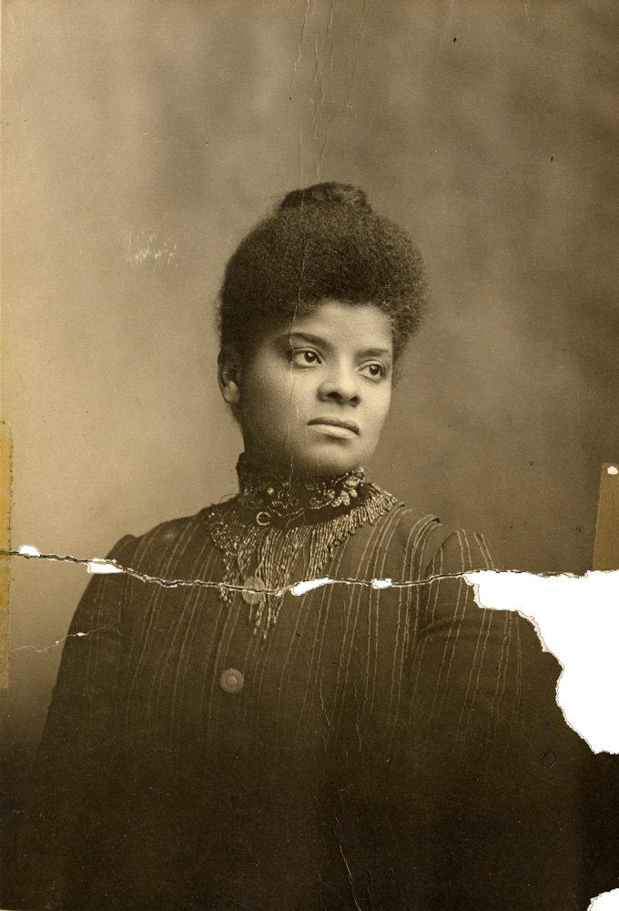 Ida B. Wells  (Photo: Cihak and Zima/University of Chicago Photographic Archive)