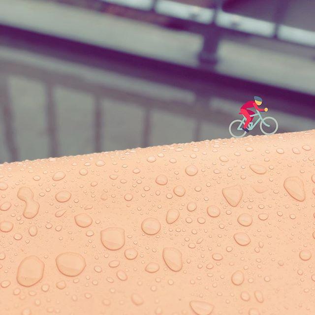 Keep pushing! 💪 #giddyfingers #uphill #igerszurich #raindrops #giddyology