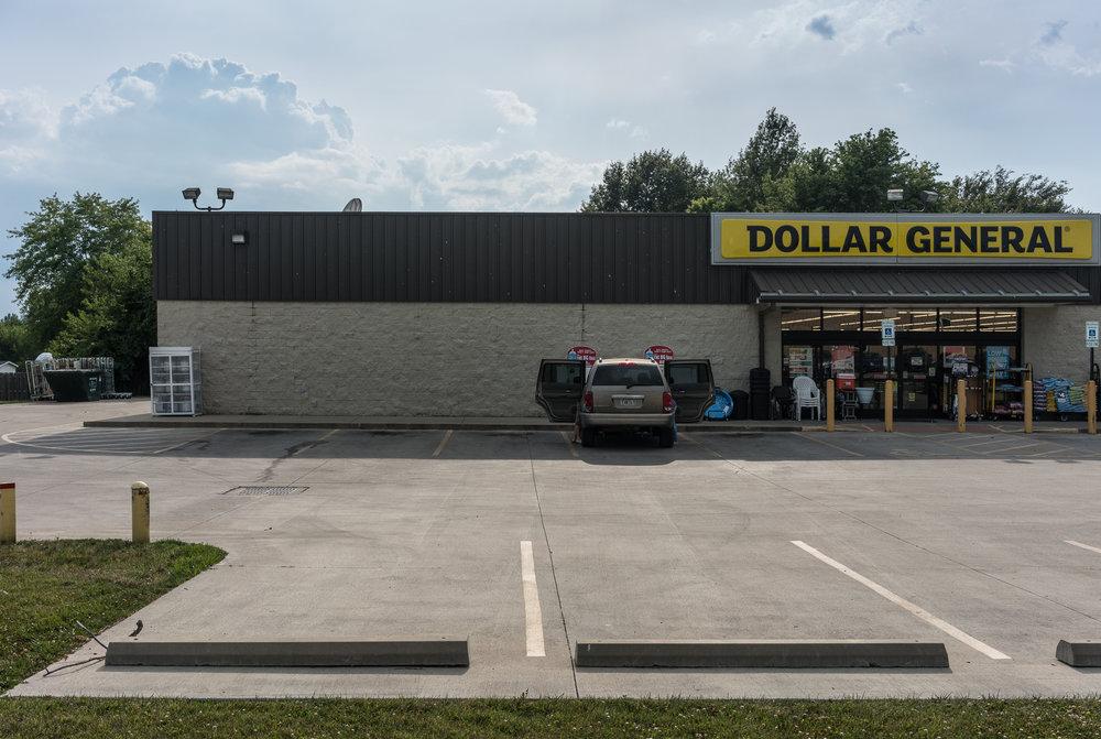 Dollar General, Louisville, Illinois, 2017