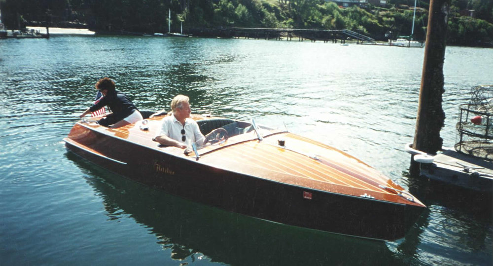 Encore-classic-motor-yacht-restoration-dock.jpg