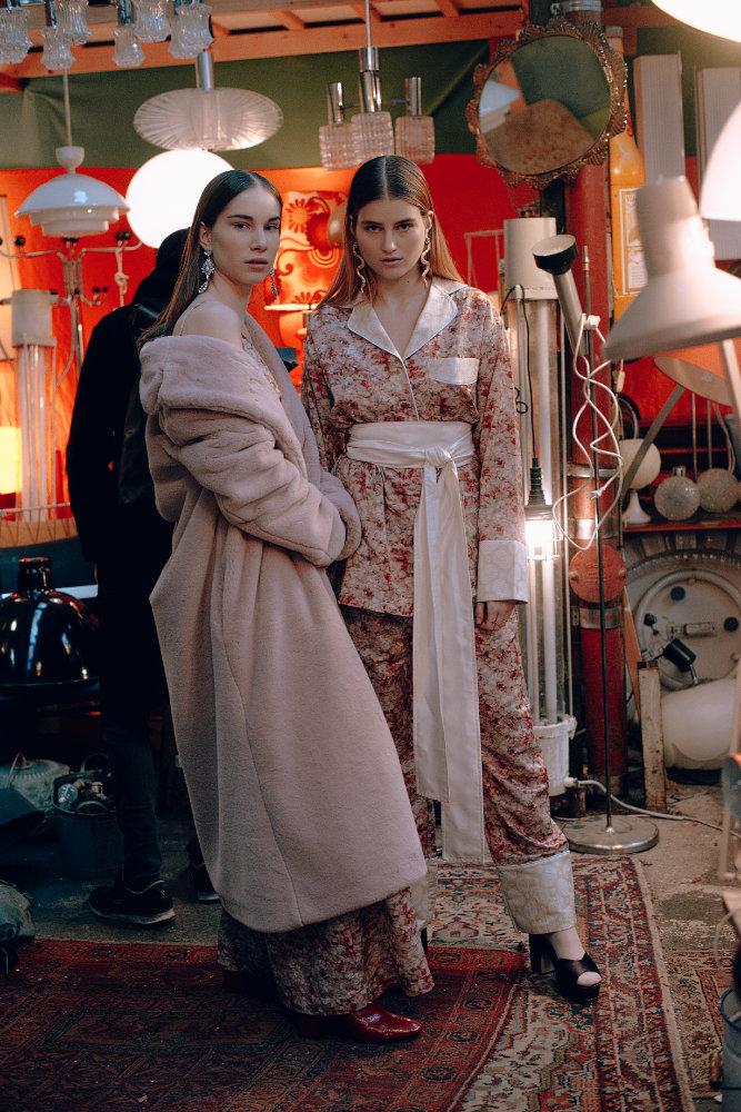 StellaLavinia_Campaign_IsabelHayn_Berlin_Julia&Marie-1.jpg