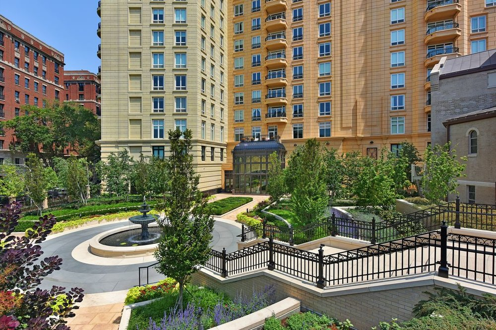 Lincoln Park 2550   2550 Lakeview Avenue  Chicago, Illinois    More information