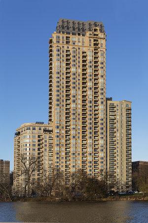 Lincoln Park 2550
