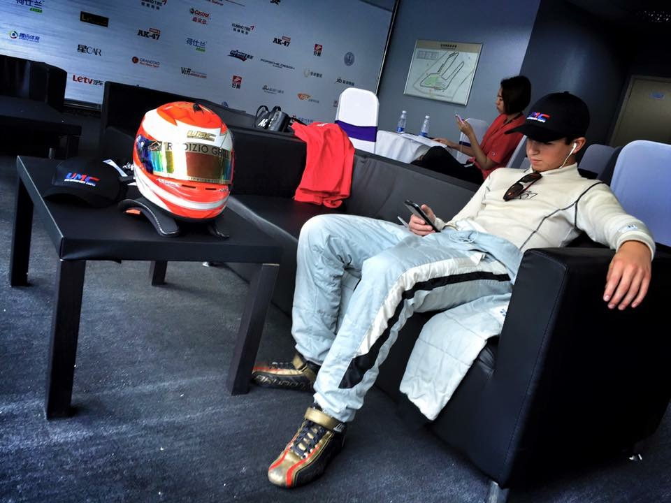 Bruno Carneiro relaxes prior to the final event of the 2015 FIA Chinese Championship in Zhuhai (Sep. 2016)