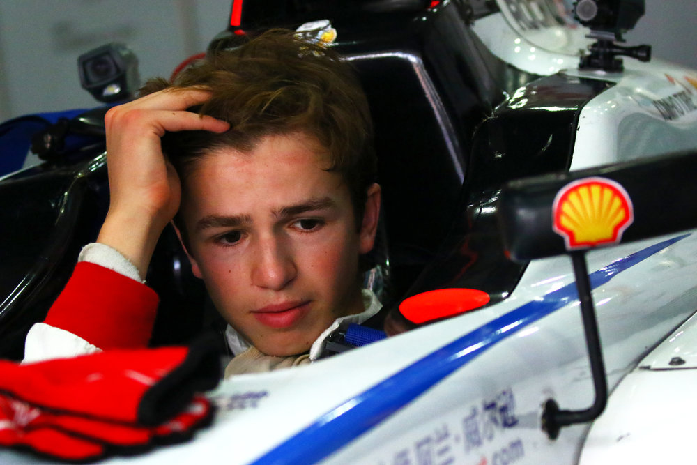 Not all fun and smiles. Transmission concerns seem to threaten Bruno Carneiro's final race of the 2016 FIA F4 Chinese Championship