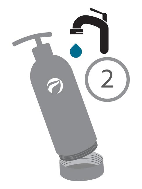 Para shampoos y acondicionadores, una vez agotado por completo el contenido, sugerimos agregar a este envase, una cantidad mínima de agua, para luego agitar y terminar de aprovechar.