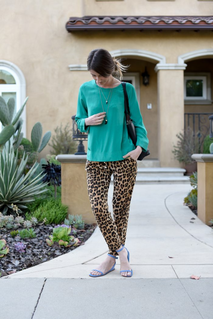 animal-print-and-bold-color-outfit