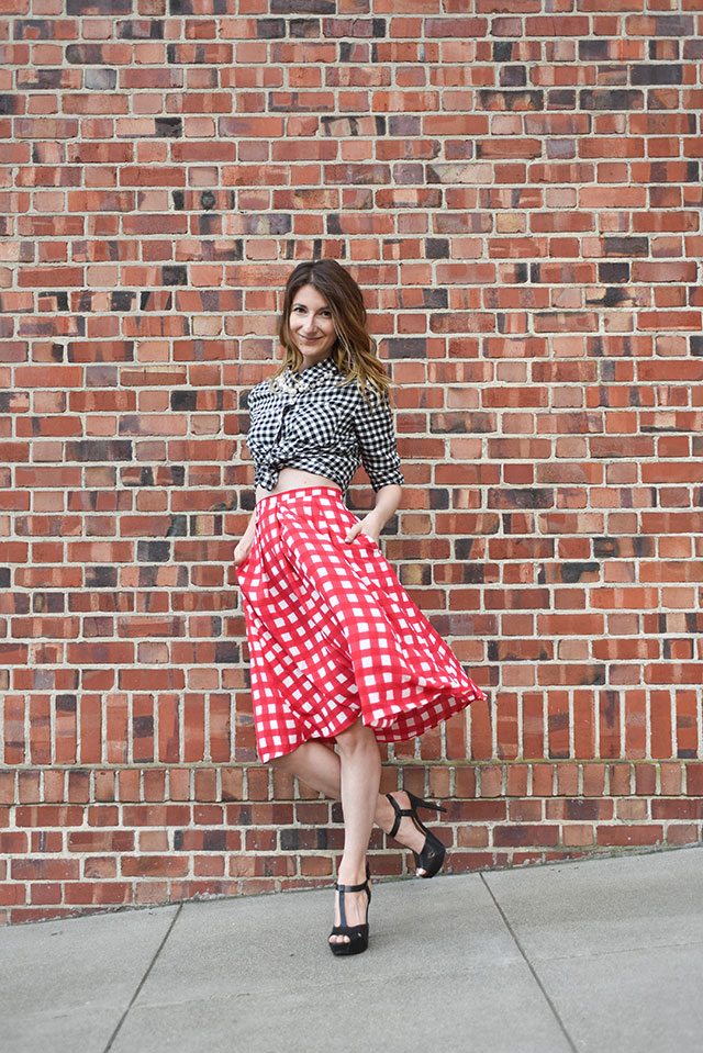 Red-Check-Pleated-skirt-outfit-4