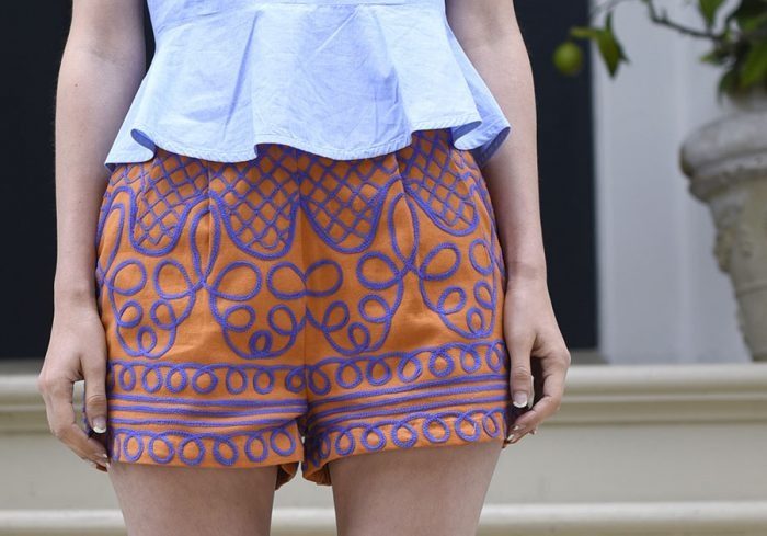 03-HM-embroidered-shorts-orange-purple