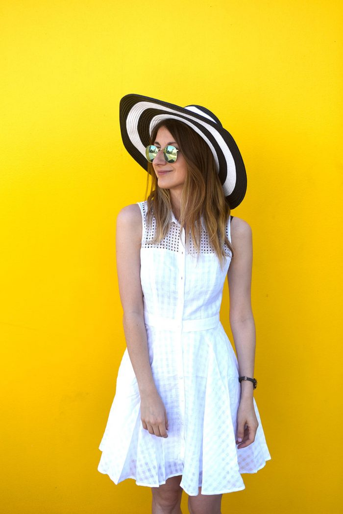 panda-easy-summer-outfit-white-sundress-straw-hat-02
