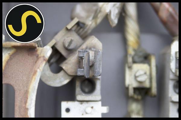 bad meter socket.jpg
