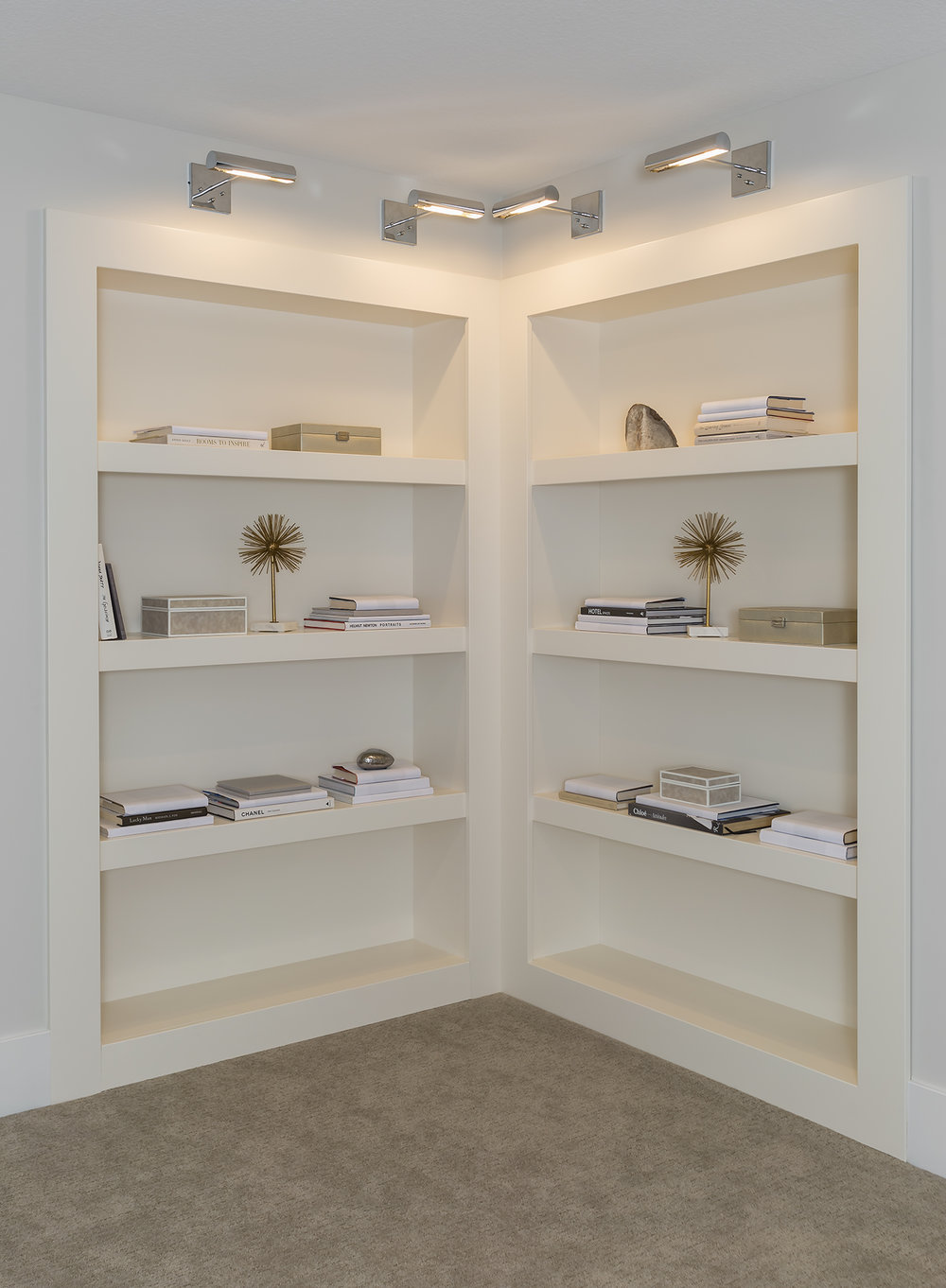 Bookcase_2015_08_27.jpg