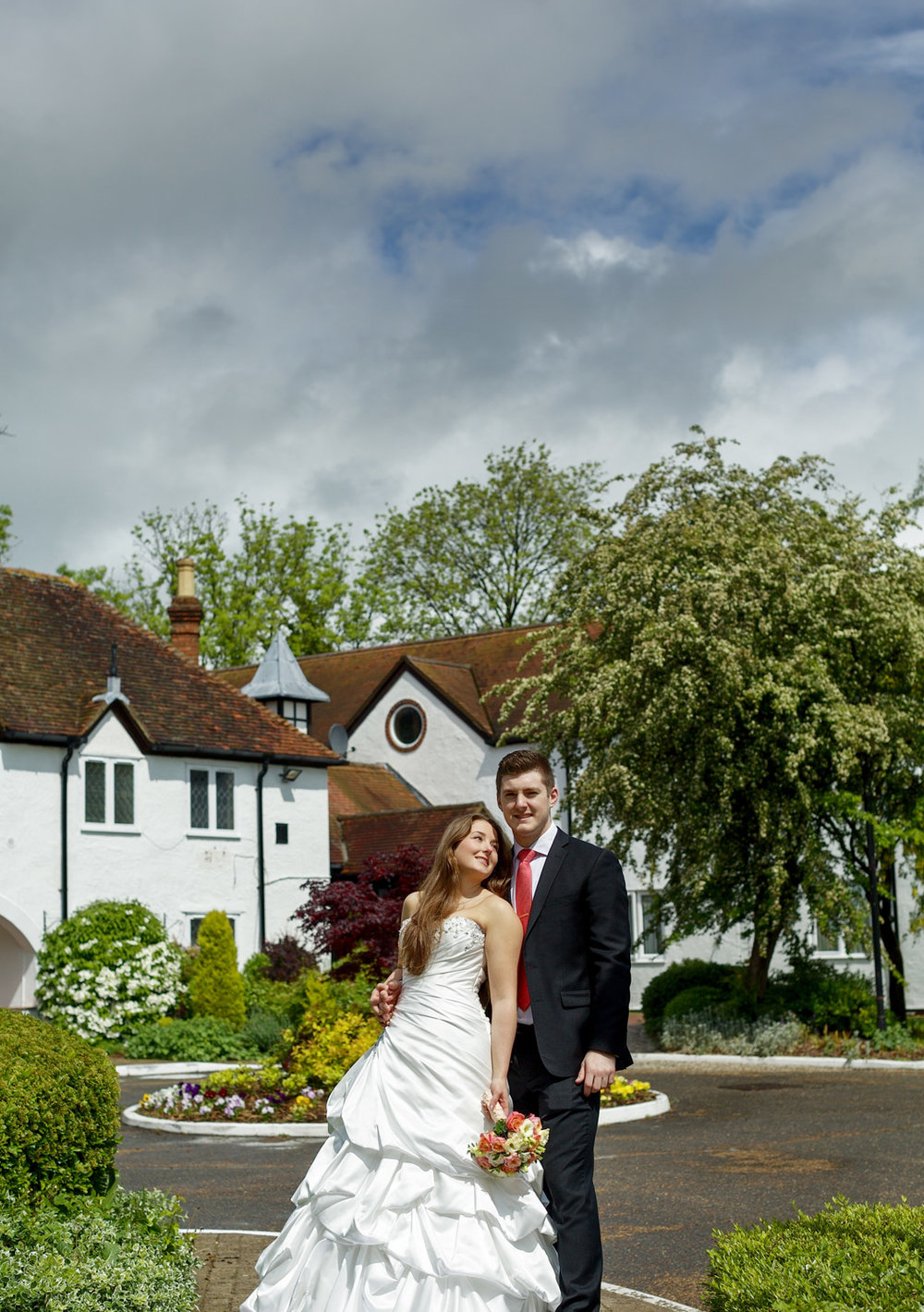 Barns_Hotel_Wedding_Photographer_Bedford_013.jpg