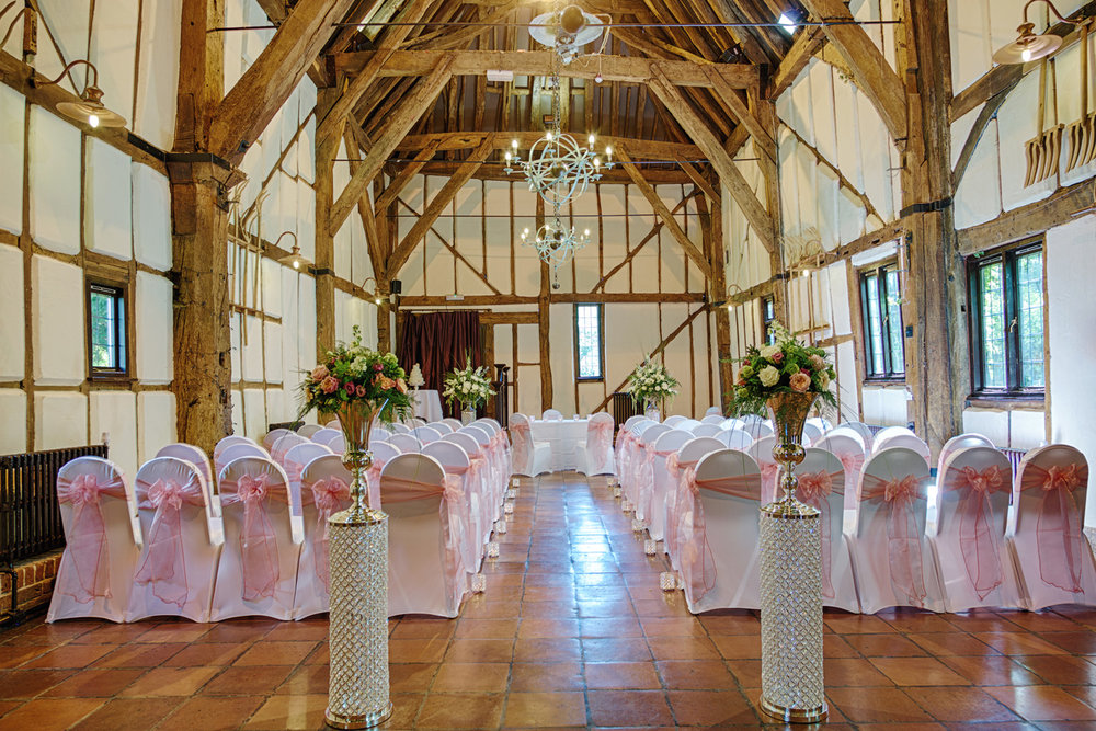Barns_Hotel_Wedding_Photographer_Bedford_022.jpg