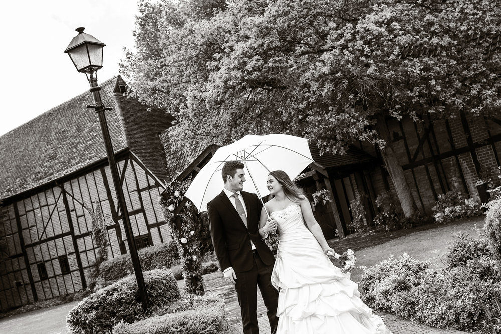 Barns_Hotel_Wedding_Photographer_Bedford_027.jpg