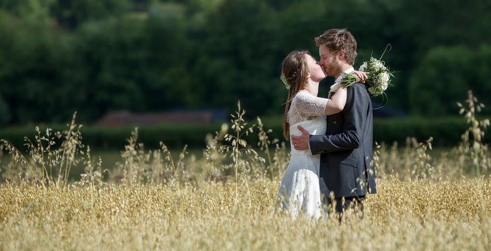 Black_Barn_Rushall_Farm_Wedding_Photographer_Bradfield_061.jpg