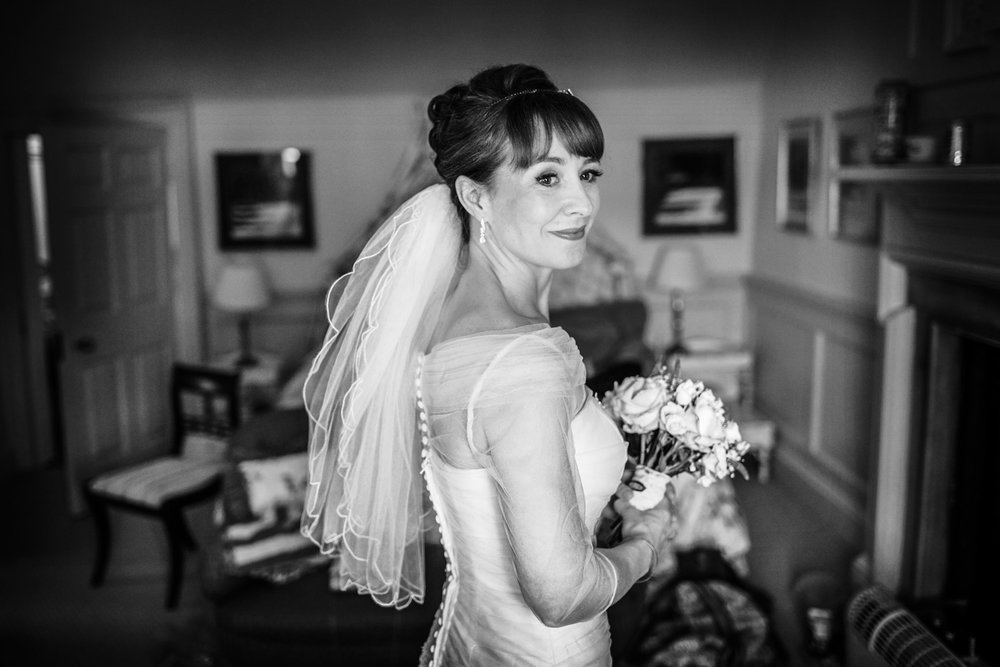 Combe_Manor_Wedding_Photographer_Hungerford_010.jpg