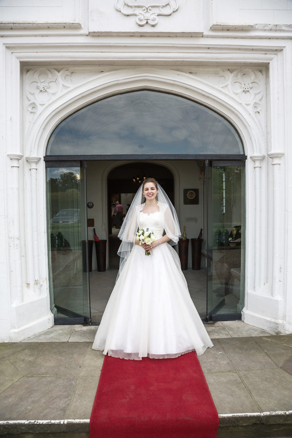 Danesfield_House_Wedding_Photographer_Marlow_018.jpg