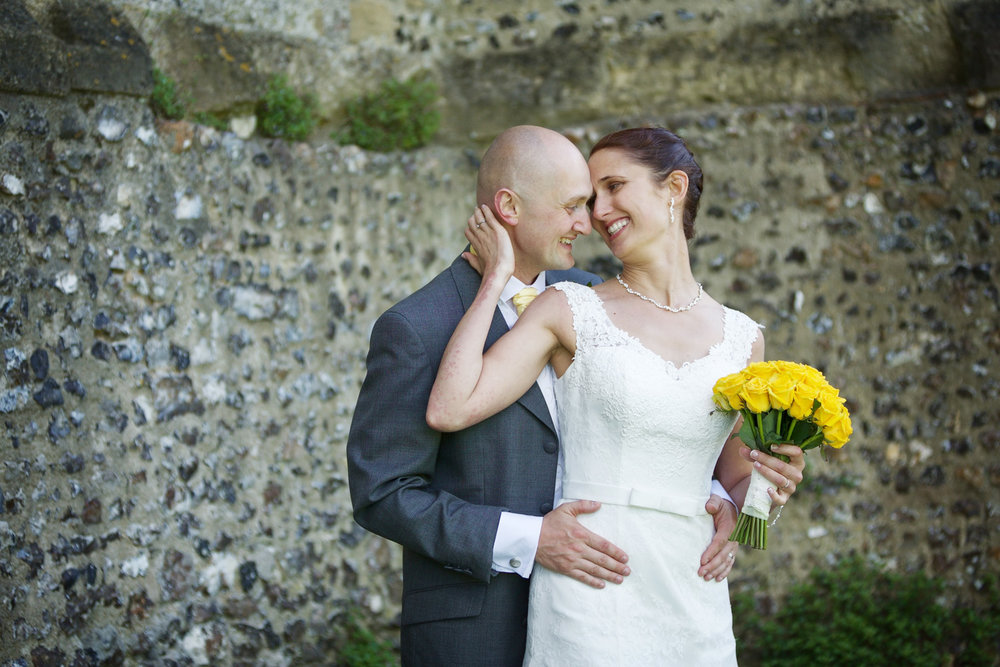 Donnington_Castle_Wedding_Photographer_Newbury_Berkshire_002.jpg
