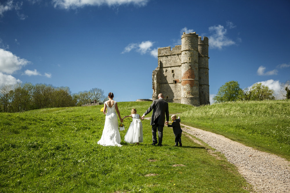 Donnington_Castle_Wedding_Photographer_Newbury_Berkshire_001.jpg