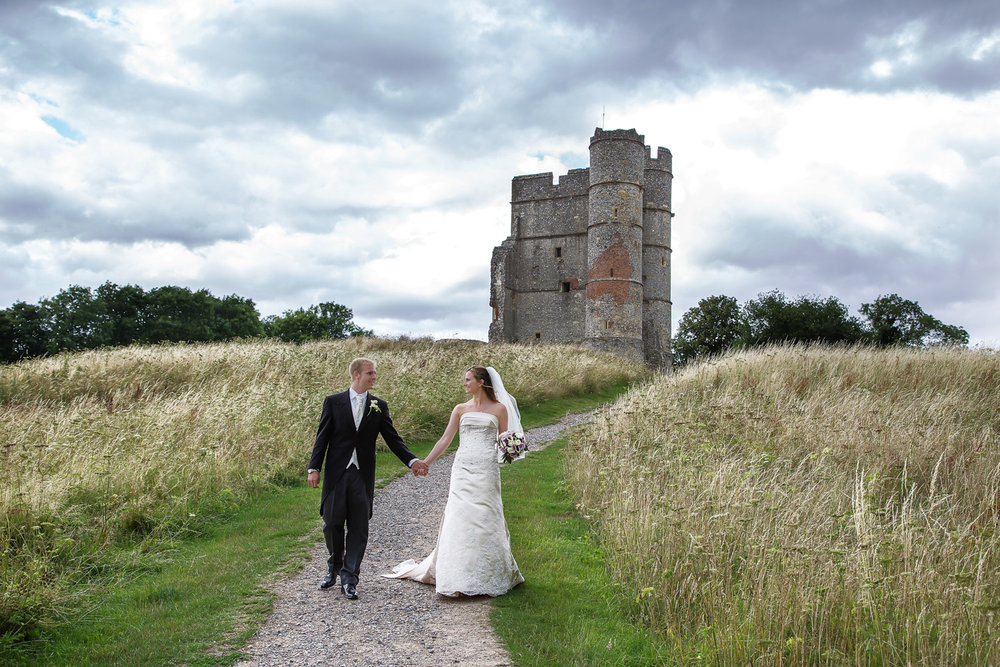 Donnington_Castle_Wedding_Photographer_Newbury_Berkshire_005.jpg