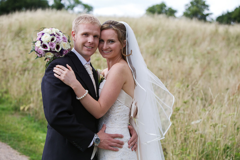 Donnington_Castle_Wedding_Photographer_Newbury_Berkshire_006.jpg