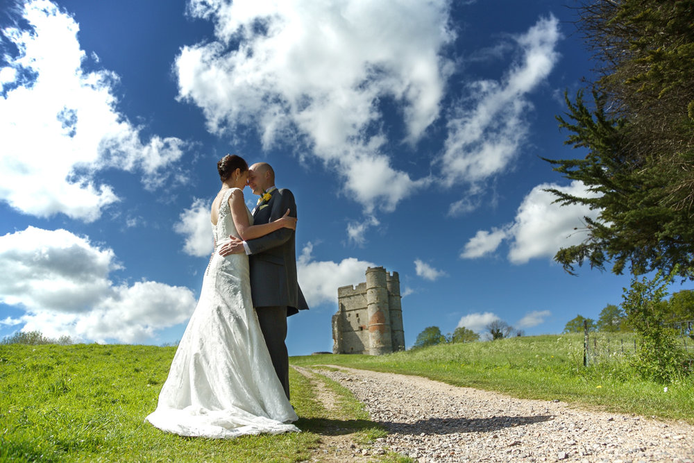 Donnington_Castle_Wedding_Photographer_Newbury_Berkshire_014.jpg