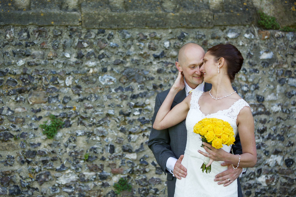 Donnington_Castle_Wedding_Photographer_Newbury_Berkshire_017.jpg