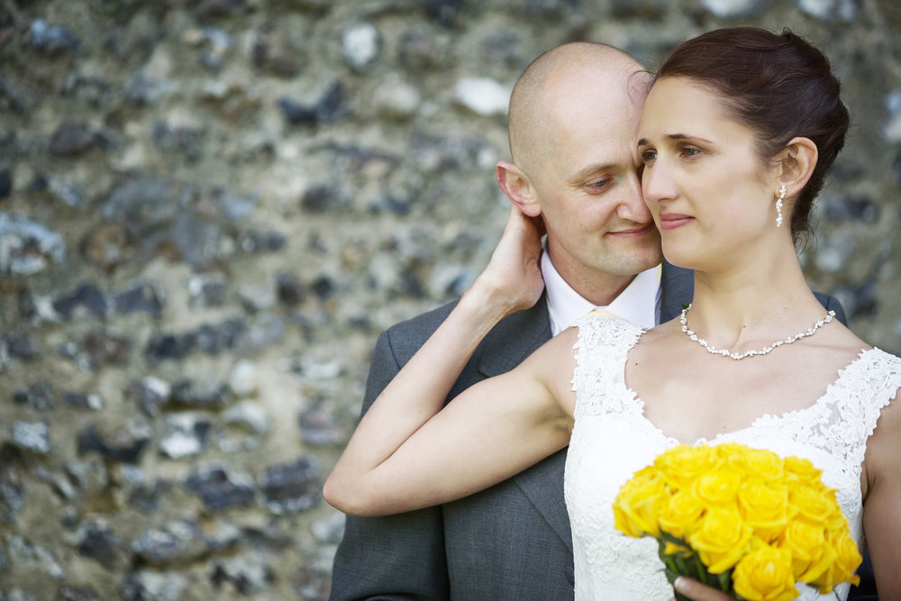 Donnington_Castle_Wedding_Photographer_Newbury_Berkshire_018.jpg