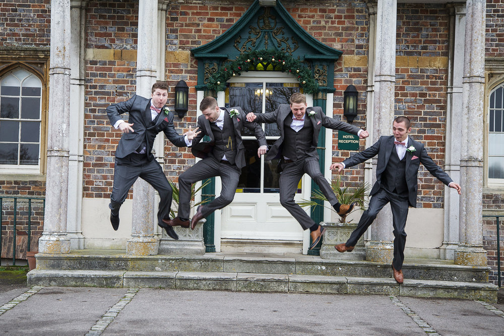 Donnington_Grove_Wedding_Photographer_Newbury_009.jpg