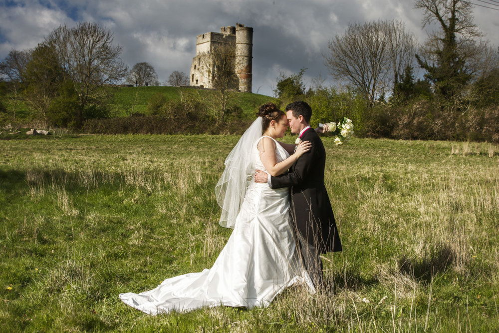 Donnington_Grove_Wedding_Photographer_Newbury_035.jpg