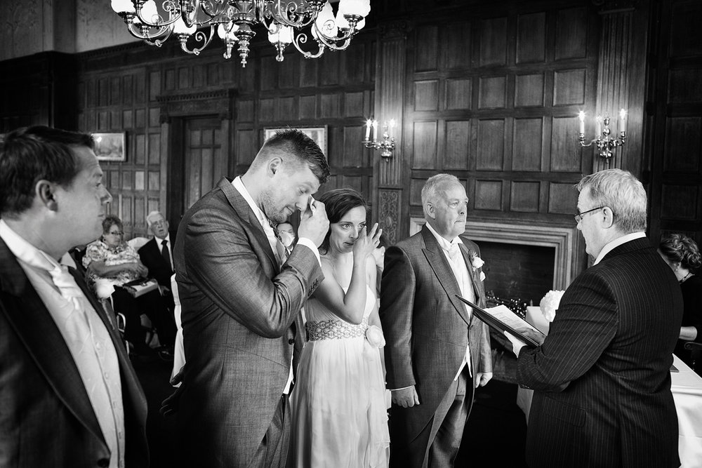 Dumbleton Hall_Wedding_Photographer_Evesham_012.jpg