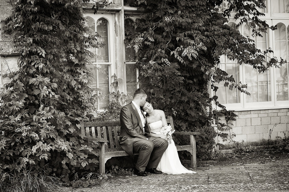 Dumbleton Hall_Wedding_Photographer_Evesham_022.jpg